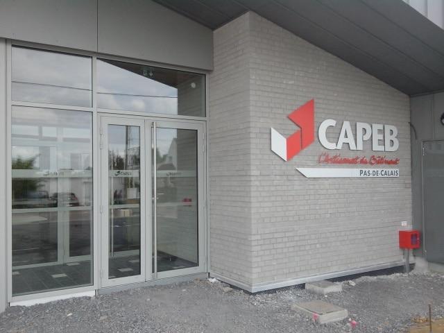 Lettres découpées enDibond - CAPEB / Arras